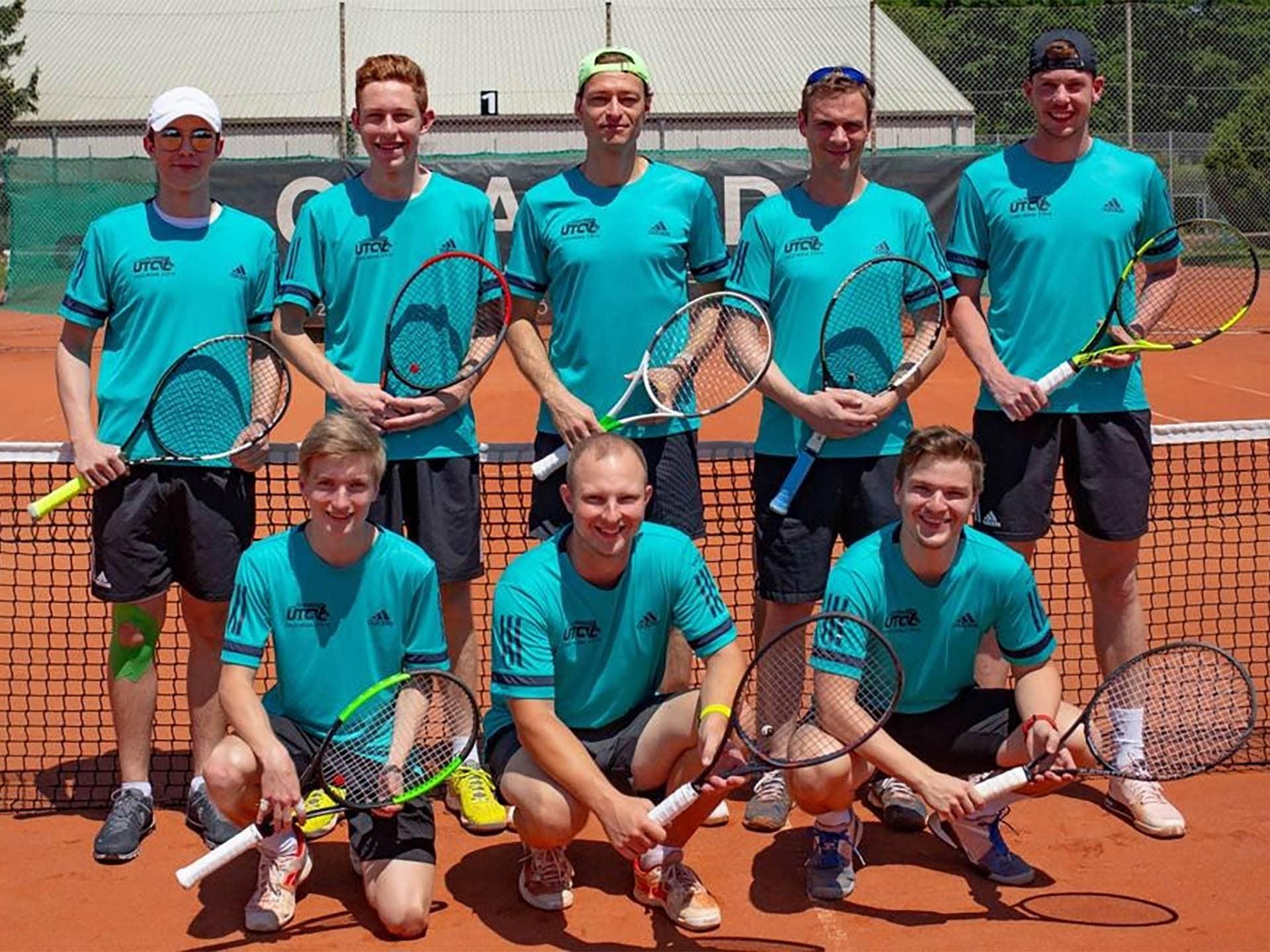 Tennis Herren 3er Mannschaftsfoto UTC CASA MODA Steyr
